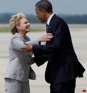 barack-obama-bev-perdue-2011-6-13-13-31-10