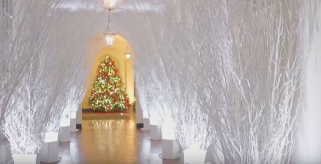 White House Christmas 2017 hallway - Youtube